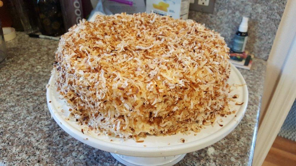 cake.thumb.jpg.5584d2f6730191979130ab3384adad66.jpg